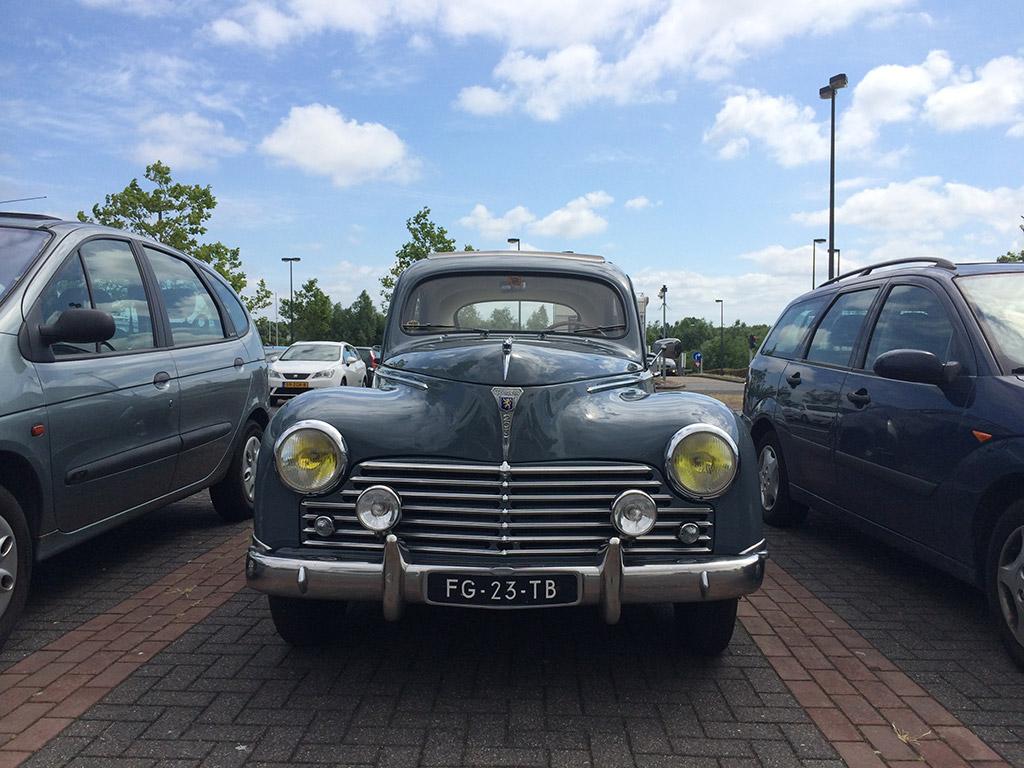 Peugeot 203A 1953